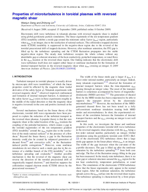 Properties of microturbulence in toroidal plasmas with reversed magnetic shear